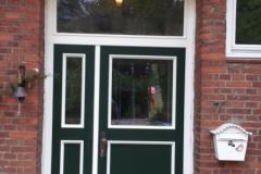 Haustür mit Seitenteil Model Neustrehlitz 16
