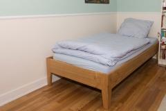 Bett aus Kirschbaum