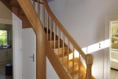 Treppe in Eiche mit Krümmling